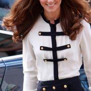 Die fröhliche Kate - auch sie hat kräftig Kilos gelassen seit ihrer Hochzeit mit William.