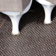 Reparatur nicht aufschieben: Schuhabsätze nicht komplett ablaufen (Foto)
