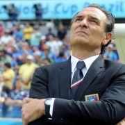 Italien wackelt - Gegen Uruguays «Monster» droht K.o. (Foto)