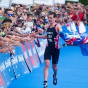 Favorit Alistair Brownlee gewinnt Triathlon-EM (Foto)