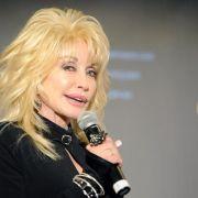 Dolly Parton wirbt um Verständnis für Miley Cyrus (Foto)