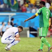Dzeko nach Bosniens WM-Aus sauer auf Schiedsrichter (Foto)