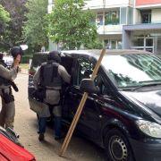 Macheten-Mann sticht Nachbarn nieder (Foto)