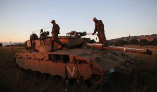 Zehn syrische Soldaten bei israelischen Luftangriffen getötet (Foto)