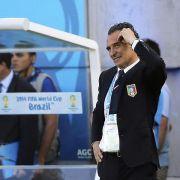 Italiens Prandelli tritt als Nationaltrainer zurück (Foto)