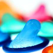 Gratis-Kondome für Hartz IV-Empfänger (Foto)