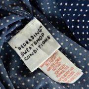 Immer wieder tauchen in Billig-Klamotten von Primark eingenähte Etiketten von Arbeitern auf.