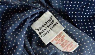 Immer wieder tauchen in Billig-Klamotten von Primark eingenähte Etiketten von Arbeitern auf. (Foto)