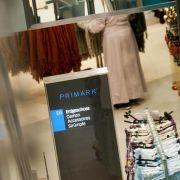 Primark in der Kritik - Hilferufe in Kleidung eingenäht (Foto)
