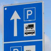 Ferienzeit: Fernstraßen bleiben für Lastwagen samstags tabu (Foto)