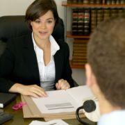 Für außergewöhnliche Lebensereignisse muss der Chef seinen Angestellten Sonderurlaub gewähren.