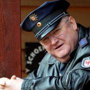 Dorfpolizist Krause dreht in Paris (Foto)