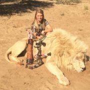 US-Studentin prahlt mit toten Tieren auf Facebook (Foto)