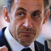 Frankreichs Ex-Präsident Sarkozy in Polizeigewahrsam (Foto)