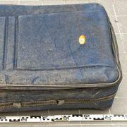Zwei nackte Frauenkörper im Koffer entdeckt (Foto)