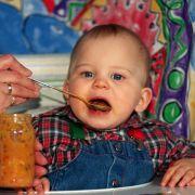 Rapsöl ist ideal für die Zubereitung von Babybrei (Foto)