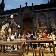 Hintz und Kuntz beim Konzil: Kirchengeschichte auf der Bühne (Foto)