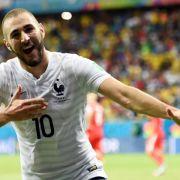 Benzema zieht's nicht nach links - Grüße an Franck (Foto)