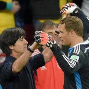 Löw vor Korrekturen fürs Frankreich-Spiel (Foto)