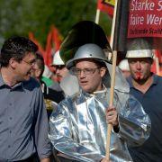 Mehr als 3000 Demonstranten bei Stahl-Warnstreik in Niedersachsen (Foto)