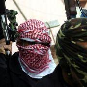 IS-Kämpfer bekommen nur noch halben Sold! (Foto)