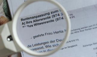 Das Rentenpaket tritt am 1. Juli in Kraft. Ruheständler bekommen dann mehr Geld. (Foto)