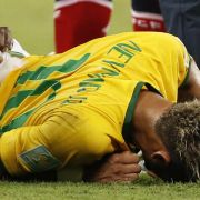 Medizinerstreit um Neymar - WM-Comeback ausgeschlossen (Foto)