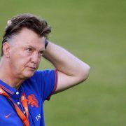 WM-Halbfinale 2014: Louis van Gaal steht vor einer schweren Aufgabe. Der niederländische Trainer muss in seiner langen Karriere zum ersten Mal ein Gegenmittel für Lionel Messi finden.
