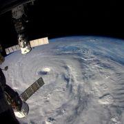 Taifun überzieht Südjapan mit schwerem Regen (Foto)