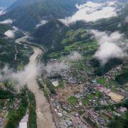 Taifun «Neoguri» reißt mindestens sieben Menschen in den Tod (Foto)