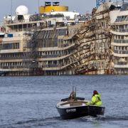 Costa Concordia schwimmt wieder (Foto)