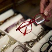 An Ersatzbrille für denUrlaub denken (Foto)