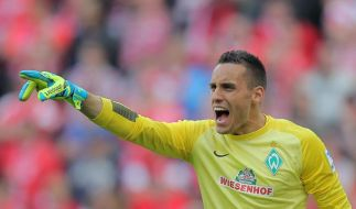Werder Bremen verlängert vorzeitig mit Torhüter Wolf (Foto)