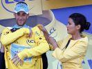 Vincenzo Nibali fährt wieder in Gelb. (Foto)