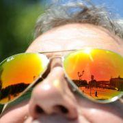 TÜV Rheinland warnt: Sonnenbrille nicht am Strand kaufen (Foto)
