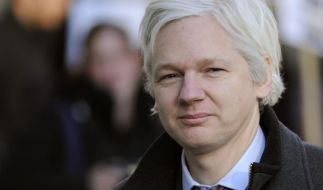 Gericht bestätigt Haftbefehl gegen Assange (Foto)