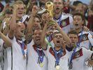 Weltmeister! Für den Titel erhalten die Nationalkicker vom DFB eine satte Geldprämie. (Foto)
