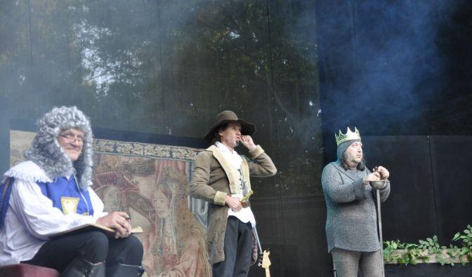 Olaf Schubert auf der Parkbühne in Leipzig