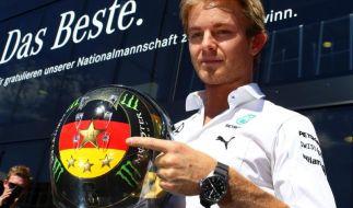 Beim Großen Preis von Deutschland auf dem Hockenheimring fährt Formel-1-Pilot Nico Rosberg mit einem speziellen WM-Helm. So sehen Sie das Rennen live im TV und im kostenlosen Online-Stream. (Foto)
