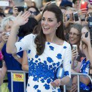 Herzogin Kate wird immer dünner. Noch Anfang 2014 spekulierten Medien, dass sie bei 1,78 m nur 56 Kilo wiege. Aber ob das noch aktuell ist...