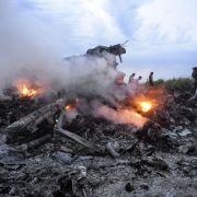 Frau verlor ihren Bruder in MH370 und die Tochter in MH17 (Foto)