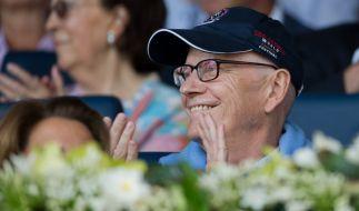 Die Strapazen der Krebsbehandlung sind Guido Westerwelle anzusehen. Doch der Politiker gibt nicht auf. (Foto)