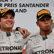 «Silberfarbener Laufsteg»: WM-Duell bei Mercedes (Foto)