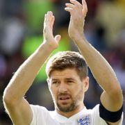Platz 16: Steven Gerrard. Er ist zwar aus der englischen Nationalmannschaft zurückgetreten, bekommt aber bei Liverpool trotzdem genug Lohn. Er verdient 18,3 Millionen Dollar (16,1 Millionen Euro).