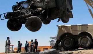 Mehr als 70 Tote bei Kämpfen und Anschlägen in Afghanistan (Foto)