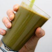 Lieber keinen Spinat oder Mangold in grünen Smoothie mischen (Foto)