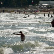 «Wir kennen uns hier aus» - Badegäste zwischen Frust und Trotz (Foto)