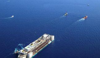 «Costa Concordia»-Schleppverband nimmt Kurs auf Insel Pianosa (Foto)