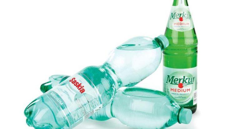 Saskia ist eins der wenigen Mineralwasser, bei denen die Prüfer keine Verunreinigungen fanden. (Foto)