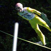 Deutsche Skispringer zum Saisonauftakt Fünfte (Foto)
